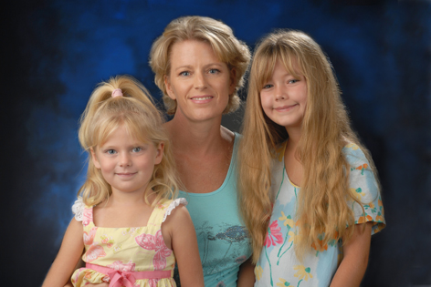 UC Irvine Medical Center patient Juanita Miller and her two daughters, Rachel and Alexa.